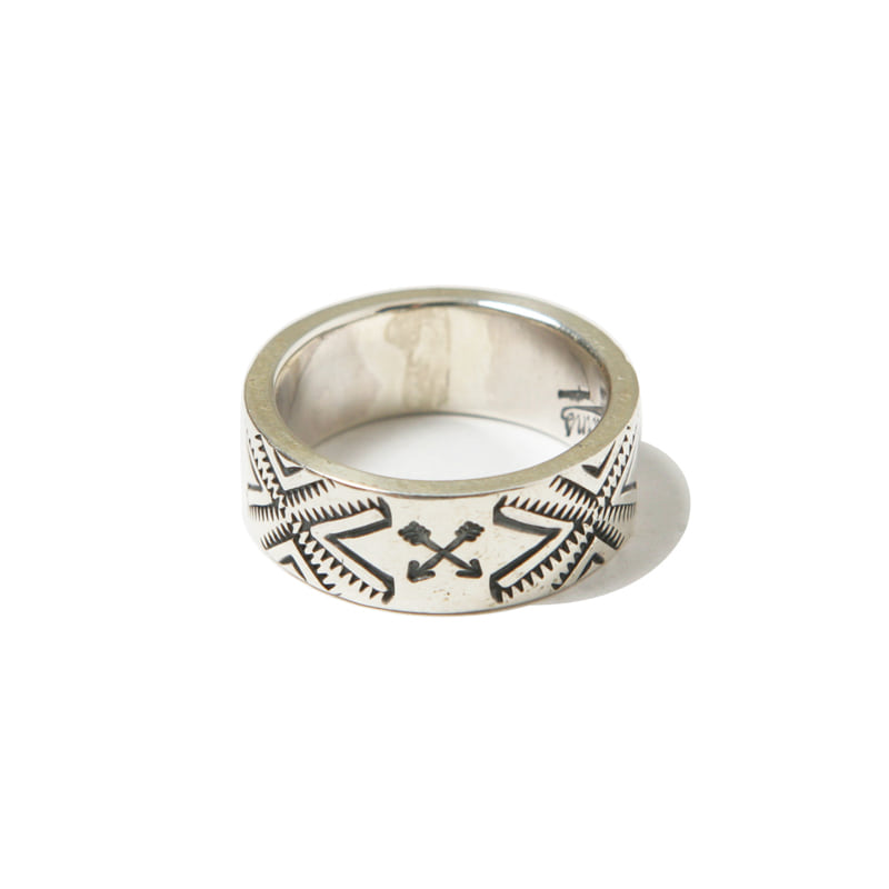 900 SILVER RING - ARROW