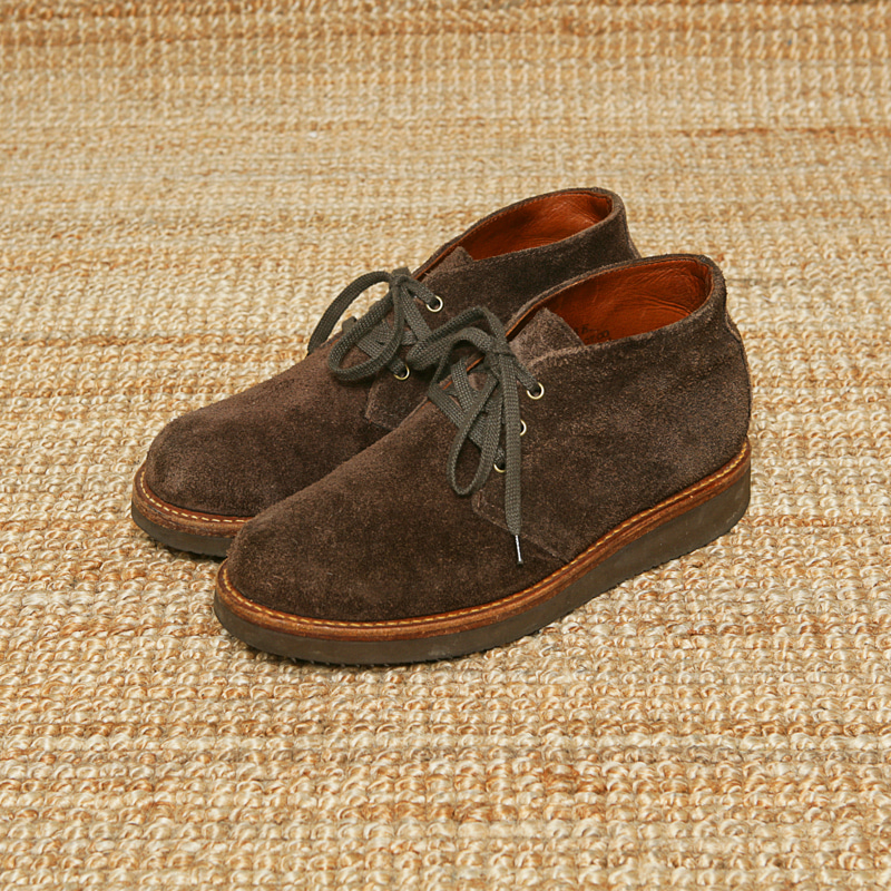 ACE BOOTS SUEDE CHUKKA BOOTS