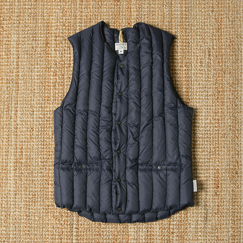 ROCKY MOUNTAIN FEATHERBED VEST - NAVY