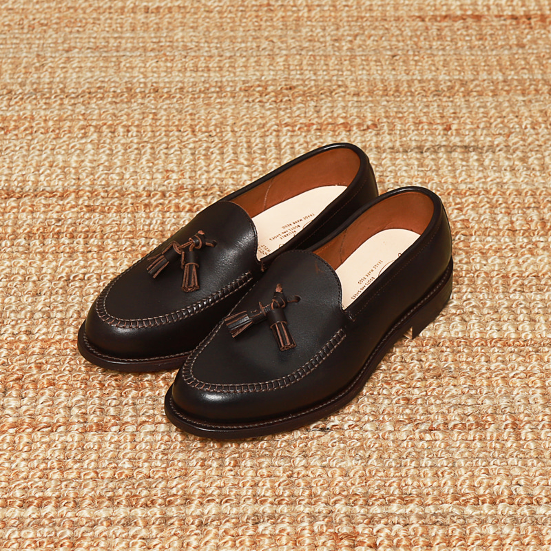PHIGVEL MAKERS TASSEL LOAFER