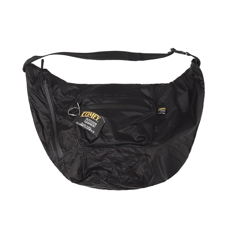 ROLL SHOULDER NYLON BAG - BLACK