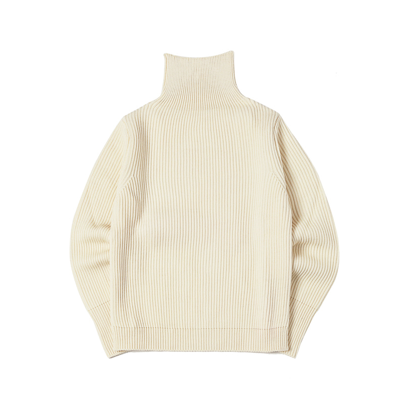 NAVY TURTLENECK - OFF WHITE