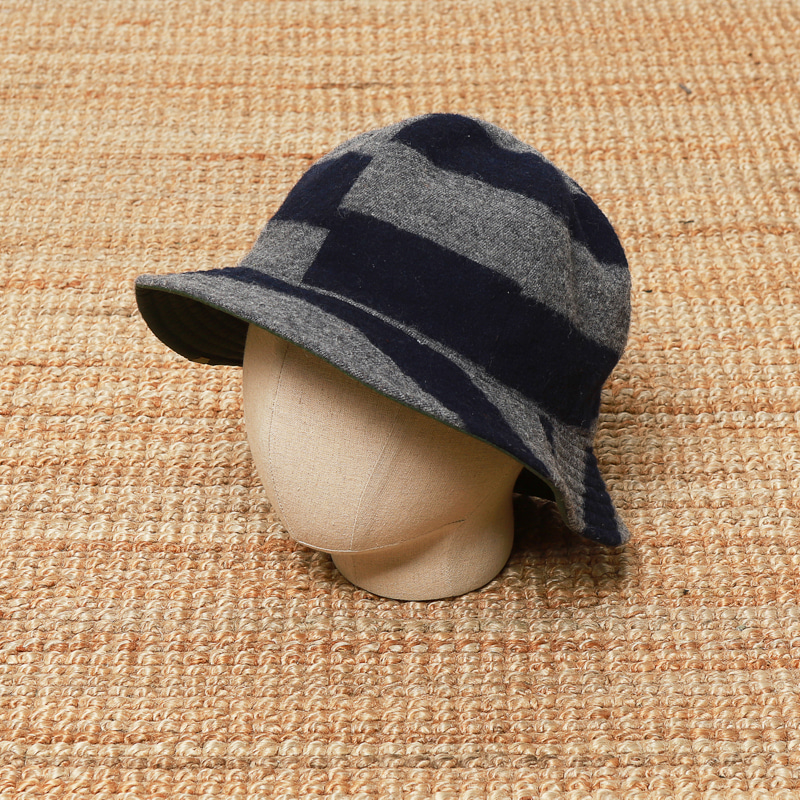 DECHO REVERSIBLE HAT
