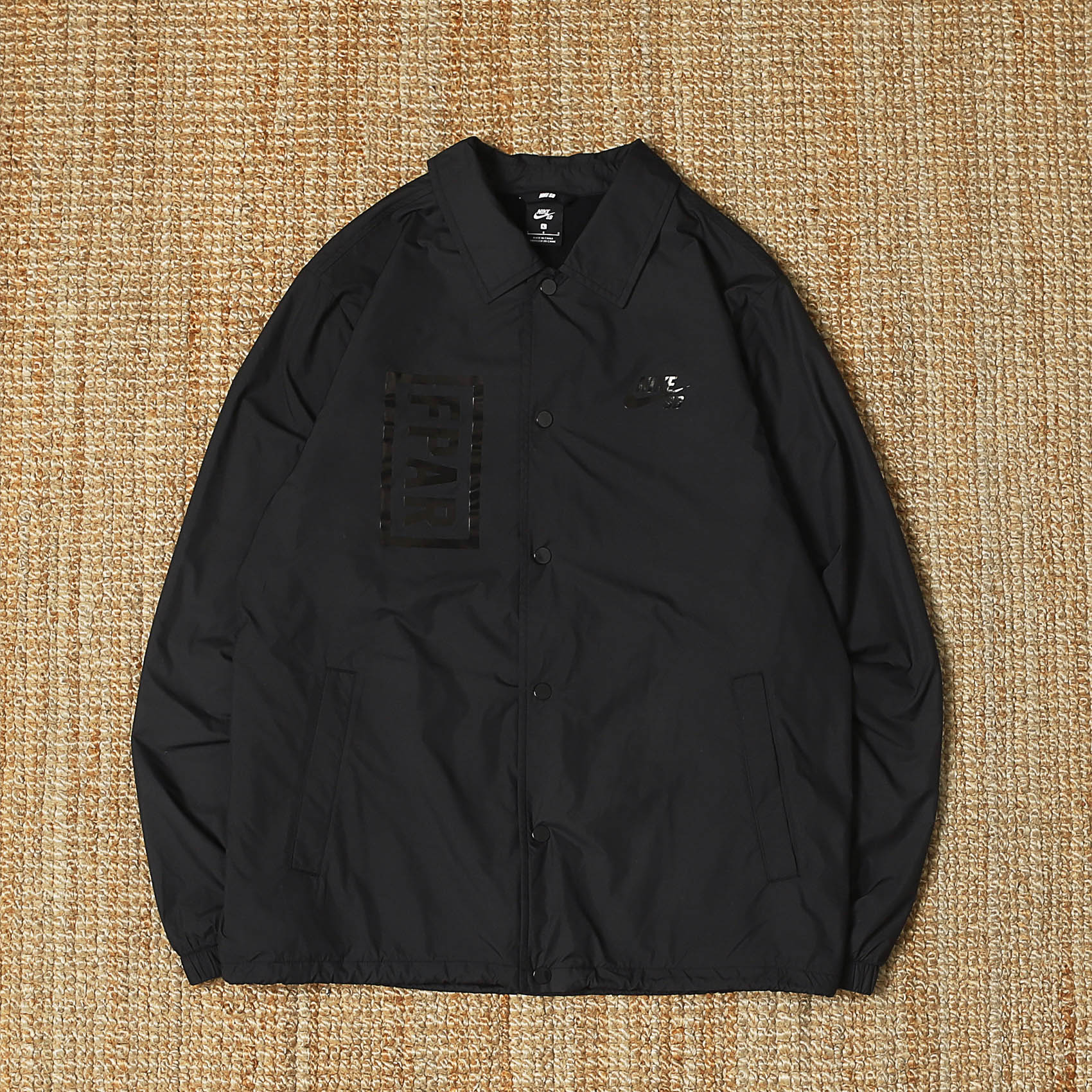 NIKE X FPAR SB COACH JACKET - BLACK